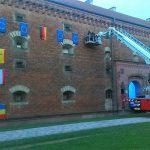 Feuerwehr zeigt Flagge